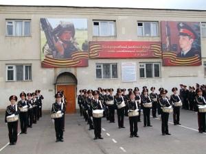 04-02-2013-na-uchebu-v-no-vocherkasskoe-suvorovskoe-voennoe-uchilishche
